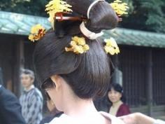 Свадебная прическа. Прическа в национальном стиле.